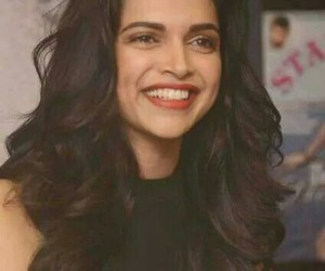 deepika padukone, bollywood, and smile image