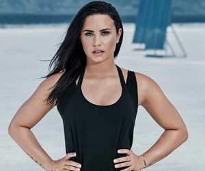 beauty, demi lovato, and Queen image