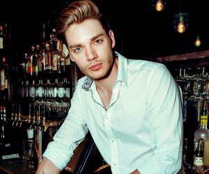 dominic sherwood, shadowhunters, and boy image