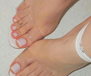 nails, feet, and shoes image
