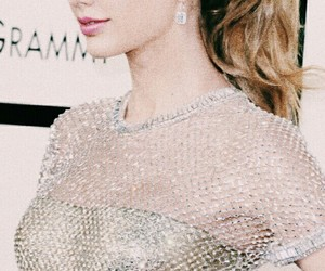 Taylor Swift, blonde, and dress image
