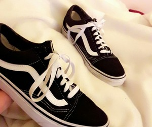 fashion, sport, and vans image