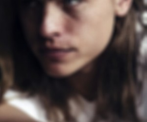 blurry face and dylan sprouse image