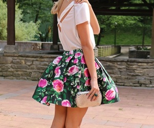 blonde, outfits, and pink image