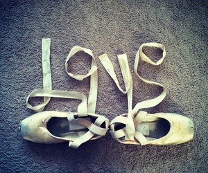 shoes and lové image