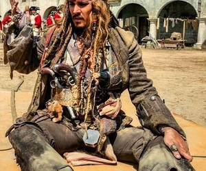 jack sparrow, dead men tell no tales, and pirates of the caribbean image