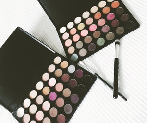 beauty, eyeshadow, and in love image