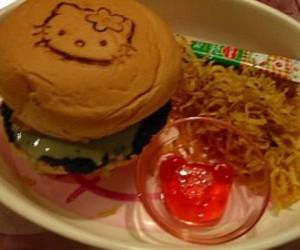 hamburguer, hello kitty, and sanrio image