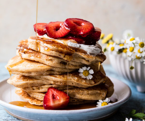 pancakes and food image