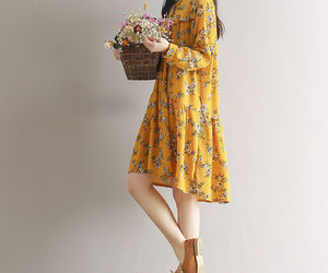 dress, flores, and flowers image
