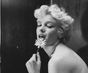 Marilyn Monroe, cecil beaton, and vintage image