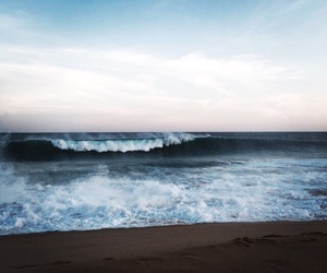 sea, waves, and beach image