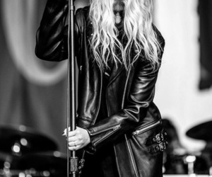 beauty, Taylor Momsen, and black image