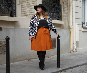 curvy, look, and fashion image