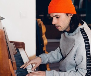 piano, rap, and orelsan image