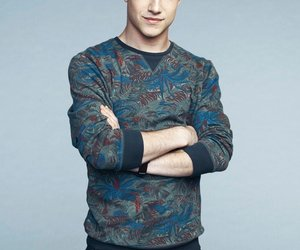 dylan minnette, 13 reasons why, and clay jensen image