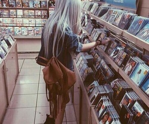 girl, music, and grunge image