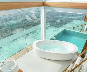 beach, bathroom, and paradise image