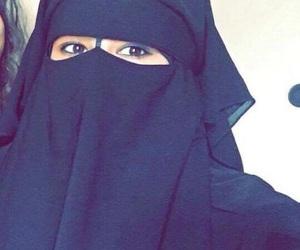 muslim, niqab, and jilbeb image