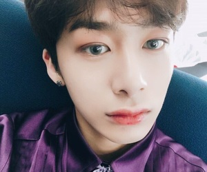 kpop, cute, and hyungwon image