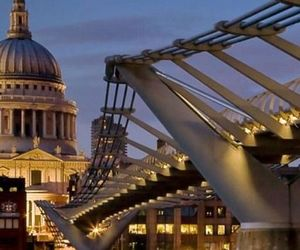 london, travel, and night image