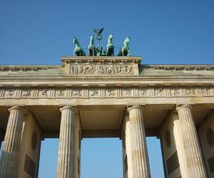 berlin, brandenburger tor, and day image