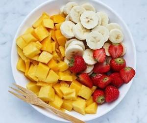 dessert, mangue, and fraise image