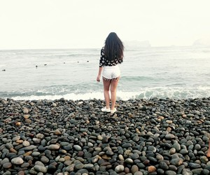 aesthetic, beach, and girl image