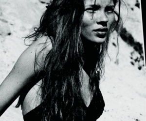 b & w, black and white, and kate moss image