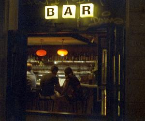 bar and love image