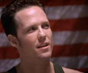 dean winters and ryan o'reilly image