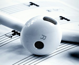 lied, life, and music image