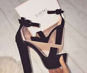 shoes, fashion, and simmi image