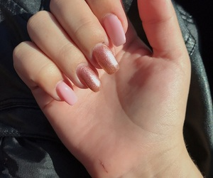 nails, Nude, and rose gold image