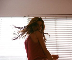 stefanie scott and girl image