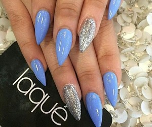 nails, laquè, and blue image