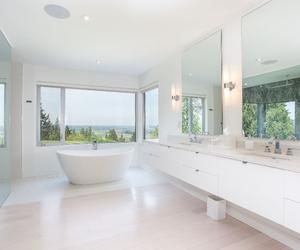 bath, bathroom, and canada image