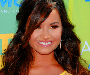 confident, demi lovato, and lovatics image