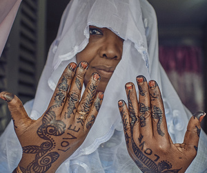 africa, henna, and lové image