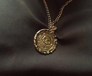 disney, necklace, and orlando bloom image
