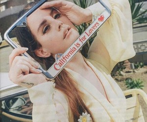 ️lana del rey and paris+match+magazine image