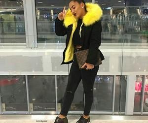 fashion, Jaune, and noir image