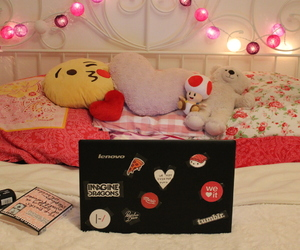 bed, pillows, and we heart it image