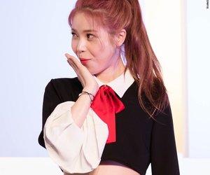 kpop, moon byul, and hwasa image