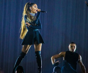 ariana grande and dangerous woman tour image