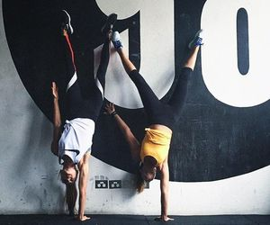 """Bianca Cheah-Chalmers on Instagram: """"Battle of the one handed handstand with @kirstygodso and who could hold the longest. Of course she won (These are harder than they look )"""":"""