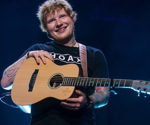 ed sheeran and divide tour image