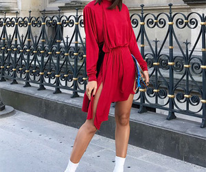 outfits, all red, and camila coelho image