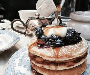 breakfast, chic, and pancakes image