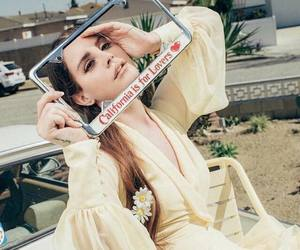 Queen, lana del rey, and california is for lovers image